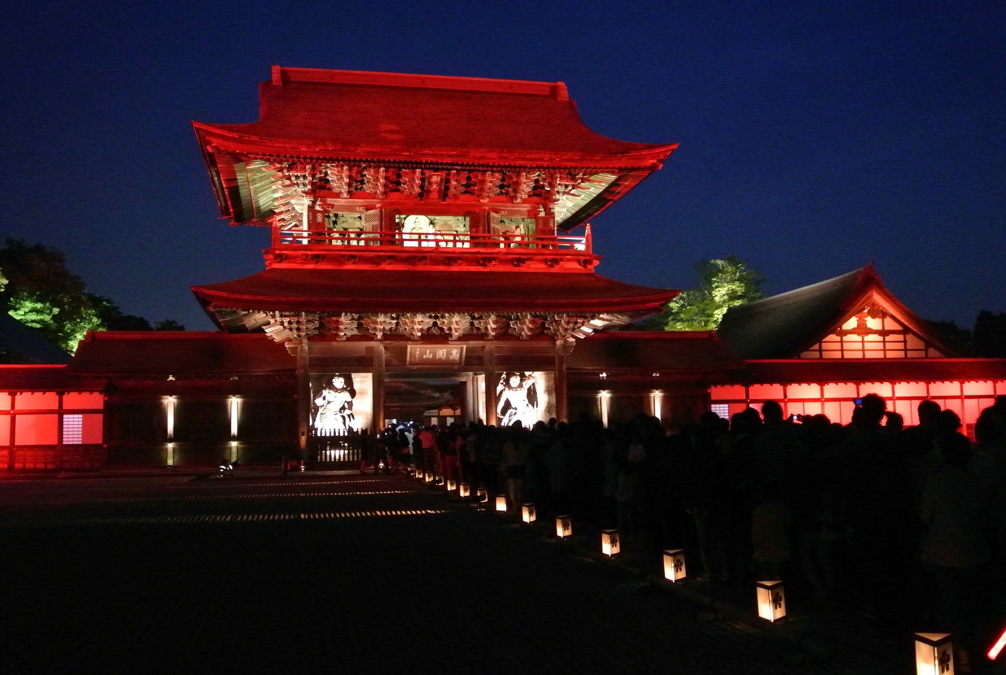 【春のライトアップと門前市】瑞龍寺がプロジェクションマッピング!